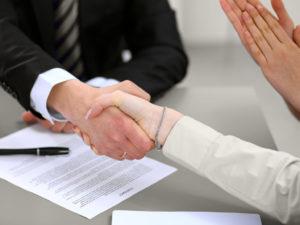 Заключить выгодные договора
